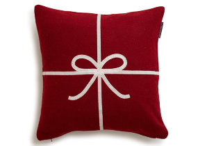 "Loden kIssenbezug ""Lexington Holiday Bow Red"" 50 x 50 cm - © Copyright: Gina Mannberg"