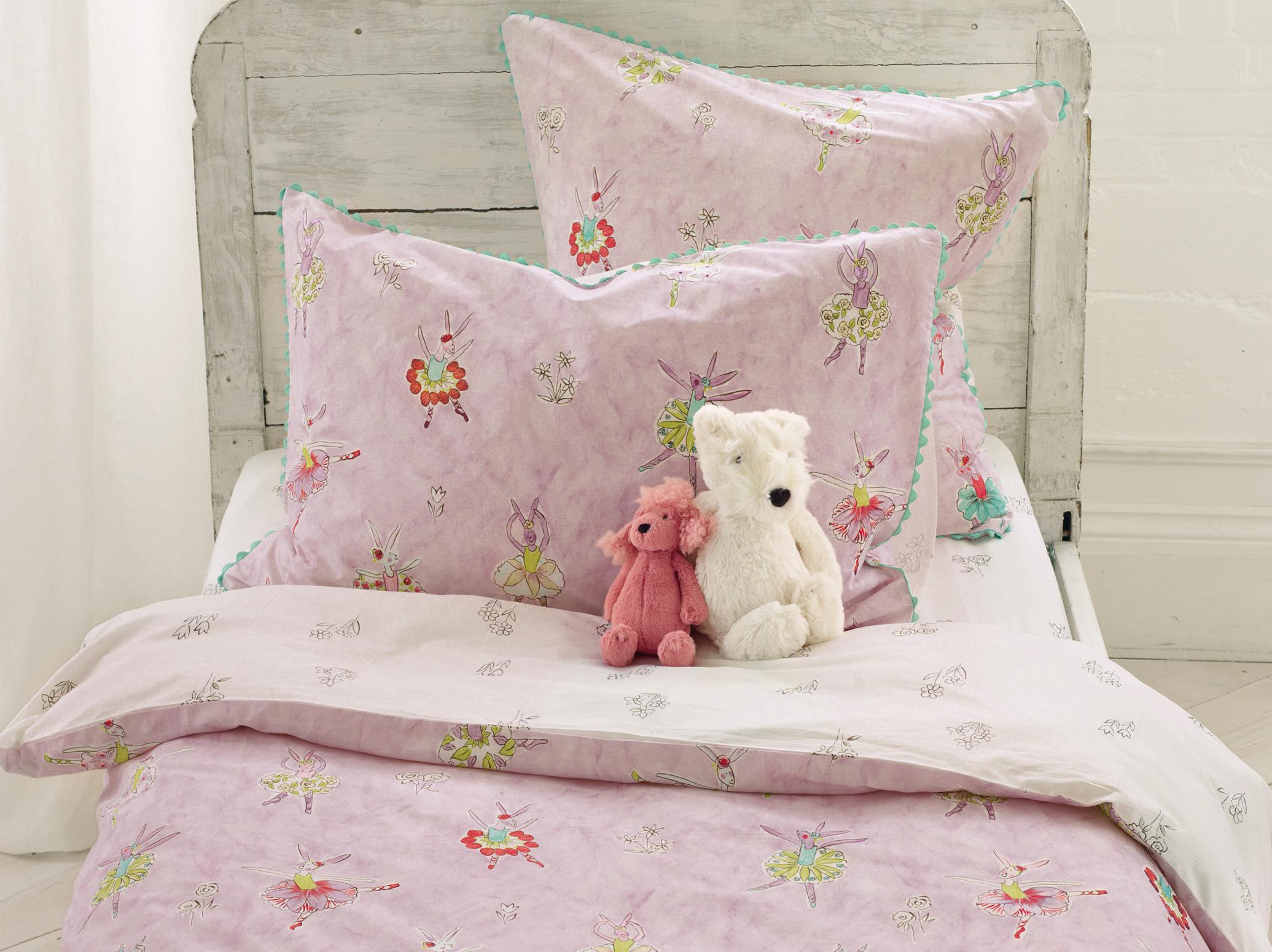designers guild kinderbettw sche ballerina bunny. Black Bedroom Furniture Sets. Home Design Ideas
